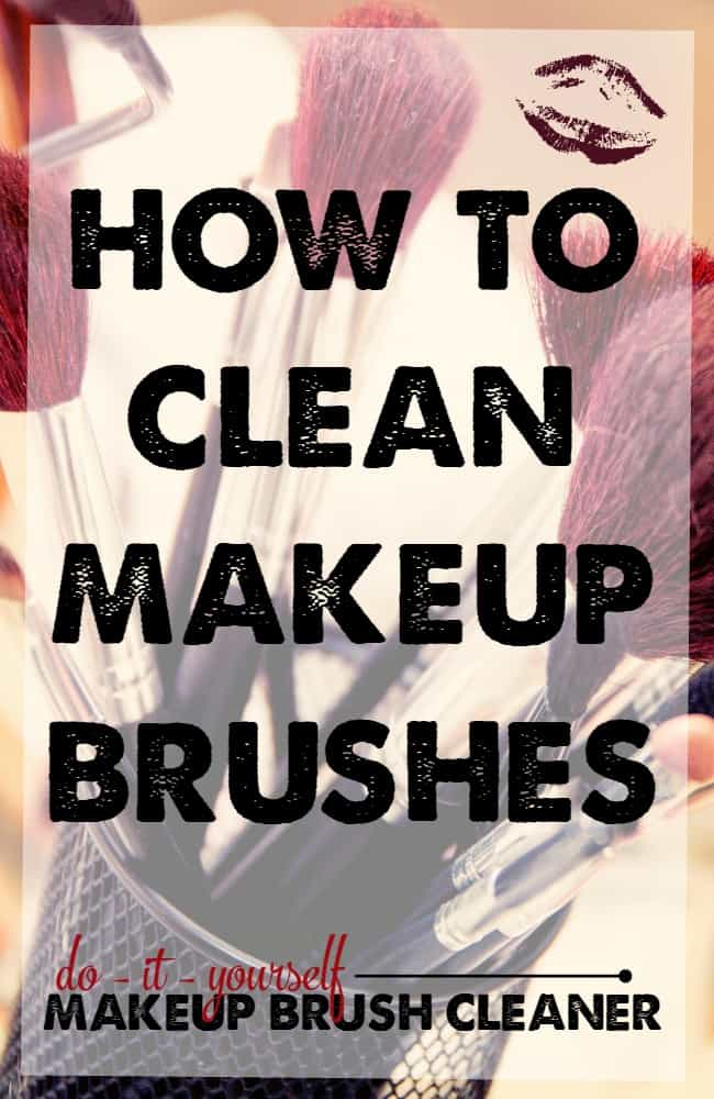 How to clean makeup brushes! The best DIY makeup brush cleaner I've found. A must try!