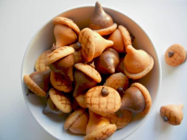 kisses-acorns