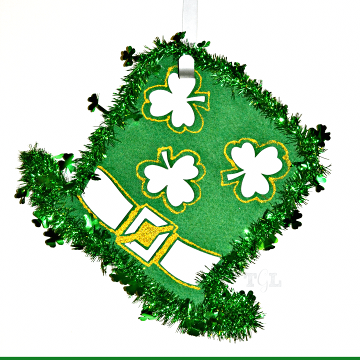 Dollar Store Crafting: St. Patrick's Day Wreath | This Girl's Life Blog