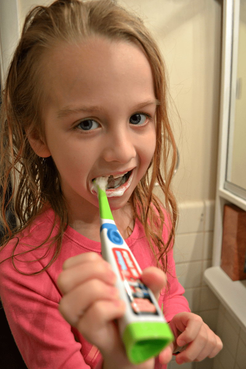 kids-brushing-teeth2