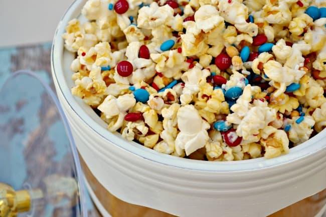 patriotic-popcorn-tglb