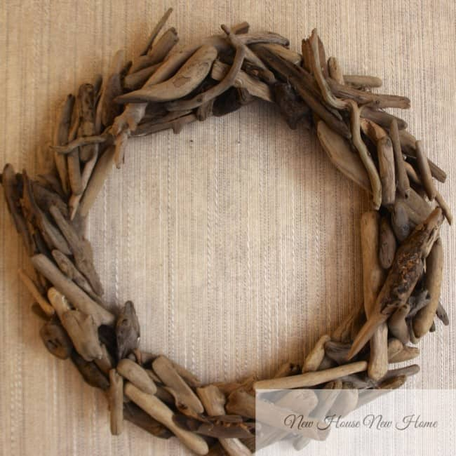 How to make a driftwood wreath.
