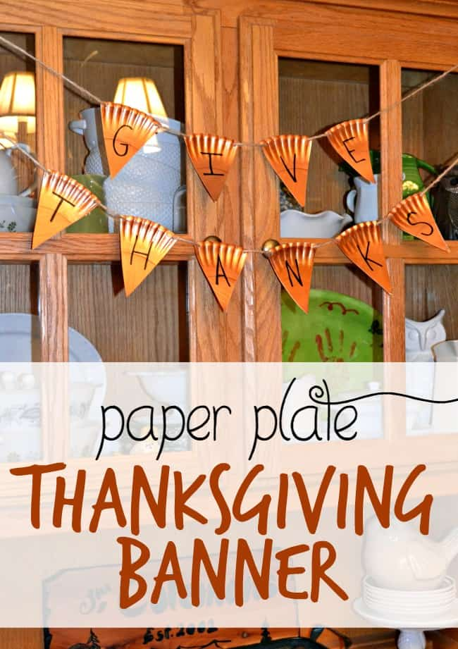 """Give Thanks"" Paper Plate Thanksgiving Banner"