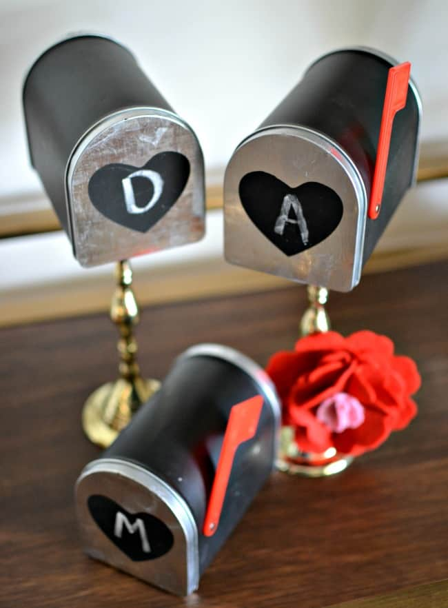 Valentine's Day Mailboxes DIY + Printable Love Notes