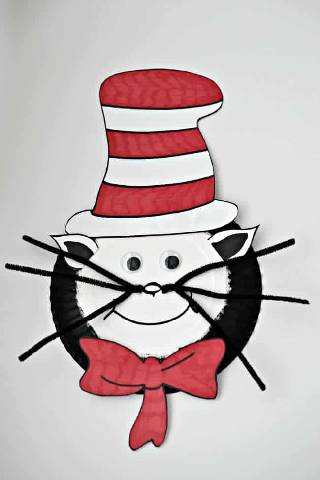 Celebrate Dr. Seuss with this Paper Plate Cat in the Hat craft for kids.