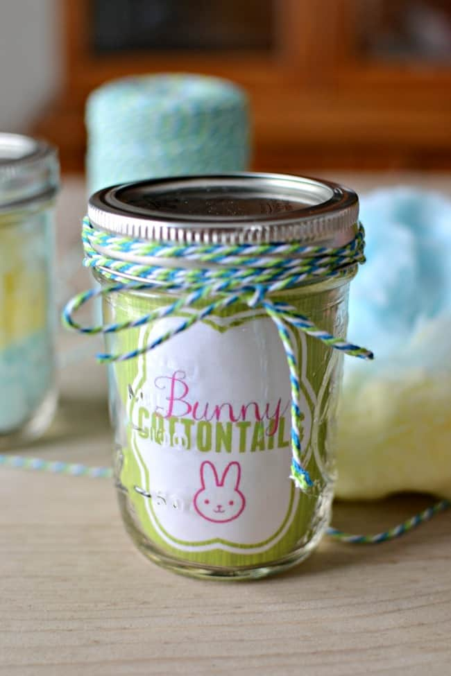 Gather your supplies and make this super easy and inexpensive Easter gift in a jar. Great gift idea for your kids, neighbors, teachers and more.