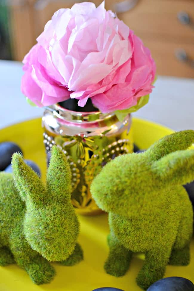 Create this fun tissue paper peony to give your home a little Spring love.
