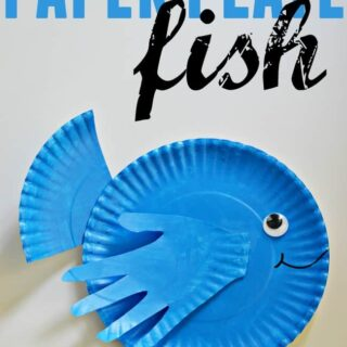 Craft this cute little paper plate fish with your kids this week/weekend. Great for a ocean theme craft activity.