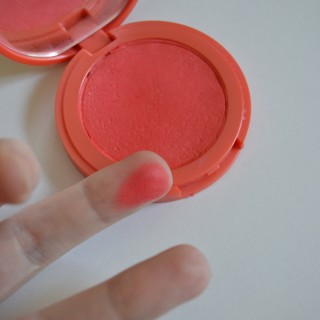 Whether you have a broken blush, powder or eyeshadow pan you can use this simple tutorial to fix it. Good as new!