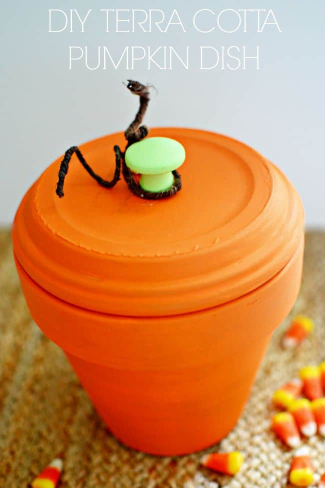 Create this cute pumpkin candy dish that is perfect for fall, Halloween and Thanksgiving. So easy to create with just a few simple supplies.
