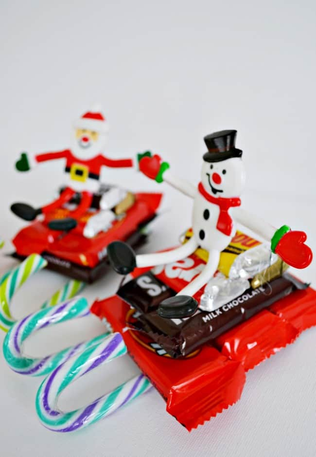 This candy sleigh classroom treat idea is simple to make and perfect for any class from young to older.