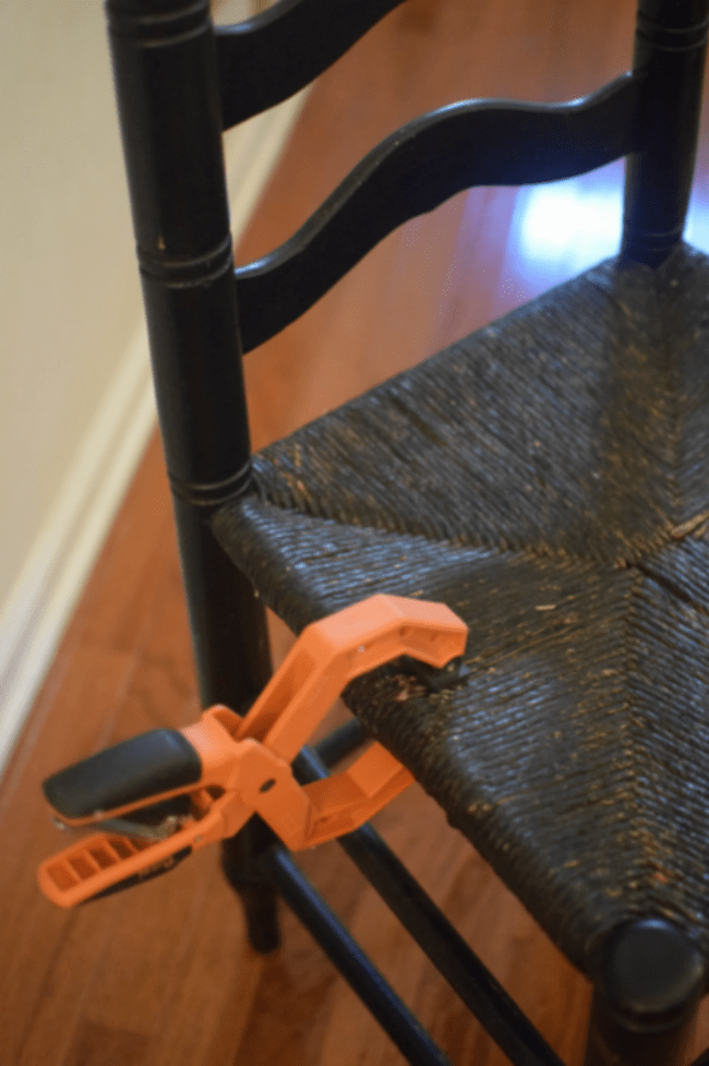 Have a rush seated chair in need of repair? Check out this simple and quick tutorial on how to repair a rush seat.