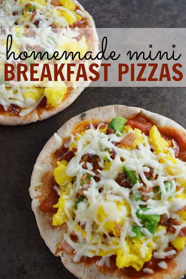 Looking for a great breakfast that isn't pancakes or cinnamon buns. How about trying out these homemade breakfast pizzas. They are delish!