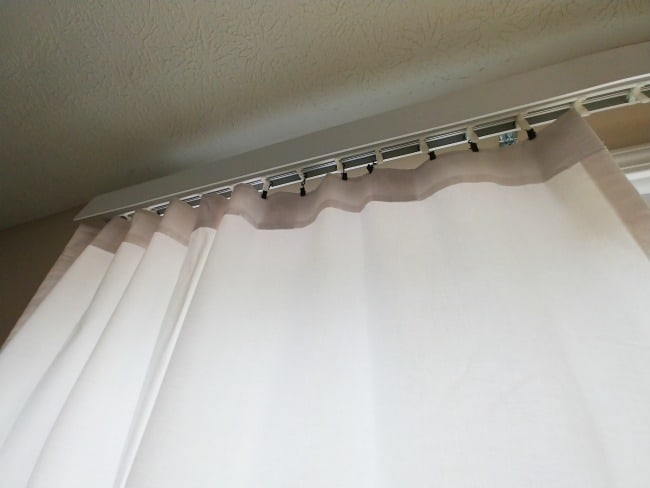 If you are looking for the solution on how to replace vertical blinds with curtains because you either don't want to hang new hardware or needing a solution for vertical blinds in your rental then look no further. #VerticalBlinds #RentalSolutions
