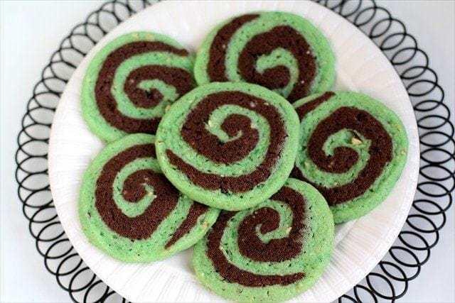 Chocolate Pistachio Pinwheel Cookies