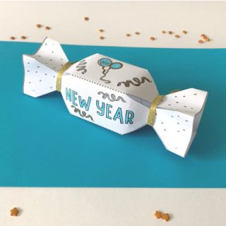 DIY New Year's Eve Party Crackers